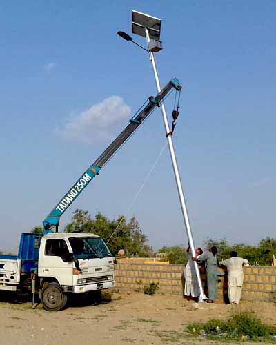 Solar Street Lights Pakistan - Engineers of world class